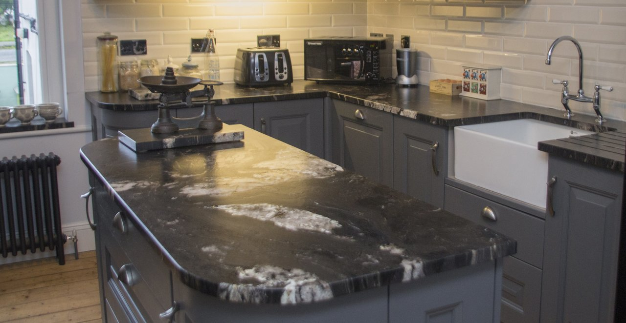 granite kitchen worktops prices, colours, pros and cons, thickness